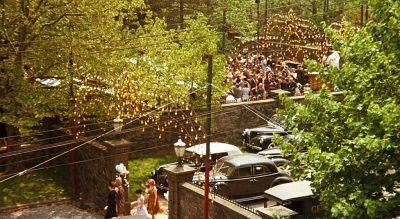 The wedding in the backyard